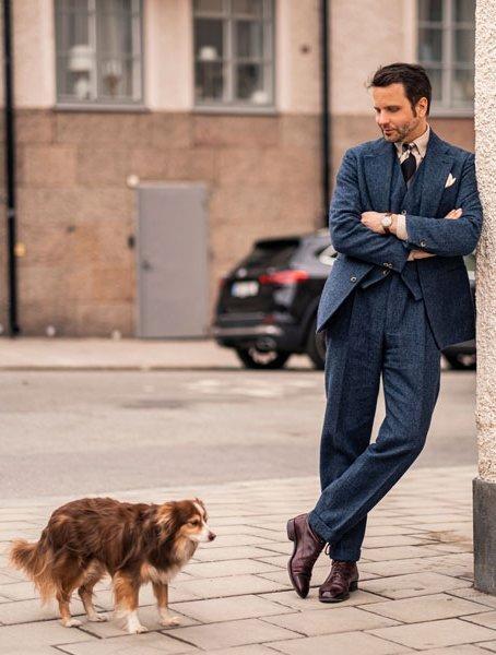 Stefano Cau satin tie worn by Erik Mannby, editor of Plaza uomo magazine. Each tie is custom made in Como.